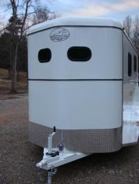 http://www.maconcustomtrailers.com/autos/2019-Bee-Trailers-2-Horse-Straight-Load-Macon-GA-1064 - Photo #27