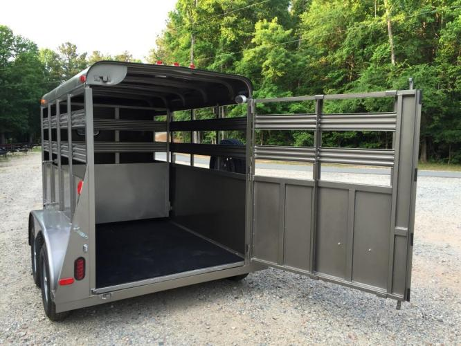 2021 Pewter Metallic Bee Trailers Mini-Livestock , located at 1330 Rainey Rd., Macon, GA, 31220, (478) 960-1044, 32.845638, -83.778687 - Photo #12