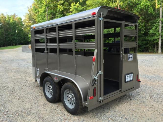 2021 Pewter Metallic Bee Trailers Mini-Livestock , located at 1330 Rainey Rd., Macon, GA, 31220, (478) 960-1044, 32.845638, -83.778687 - Photo #6