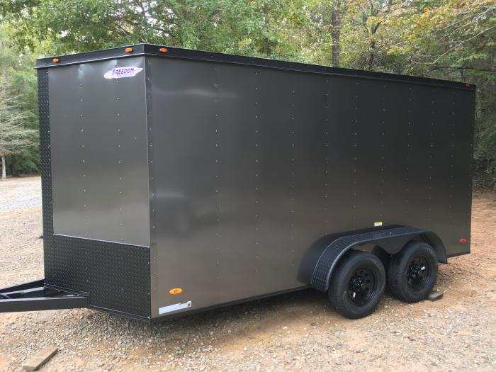 http://www.maconcustomtrailers.com/autos/2019-Freedom-Enclosed-Cargo-Macon-GA-1162 - Photo #1