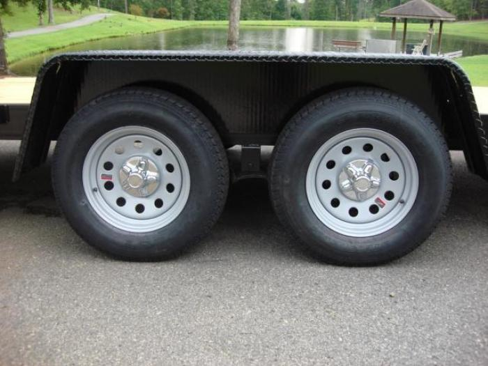http://www.maconcustomtrailers.com/autos/2019-Macon-Custom-Flatbed-Equipment-Macon-GA-586 - Photo #2
