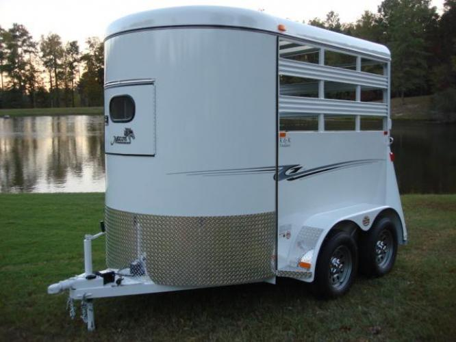 2020 White Bee Trailers 2 Horse Straight Load Wrangler , located at 1330 Rainey Rd., Macon, GA, 31220, (478) 960-1044, 32.845638, -83.778687 - Photo #12