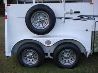 http://www.maconcustomtrailers.com/autos/2019-Bee-Trailers-2-Horse-Straight-Load-Wrangler-Macon-GA-723 - Photo #14