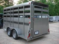 http://www.maconcustomtrailers.com/autos/2019-Bee-Trailers-Horse-Livestock-Macon-GA-724 - Photo #2