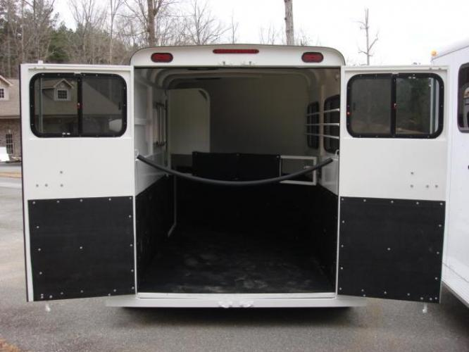 2019 White Bee Trailers 2 Horse Slant Fully Enclosed , located at 1330 Rainey Rd., Macon, GA, 31220, (478) 960-1044, 32.845638, -83.778687 - Photo #11