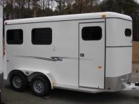 http://www.maconcustomtrailers.com/autos/2018-Bee-Trailers-2-Horse-Slant-Fully-Enclosed-Macon-GA-801 - Photo #27