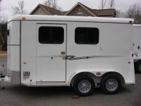 http://www.maconcustomtrailers.com/autos/2018-Bee-Trailers-2-Horse-Slant-Fully-Enclosed-Macon-GA-801 - Photo #28