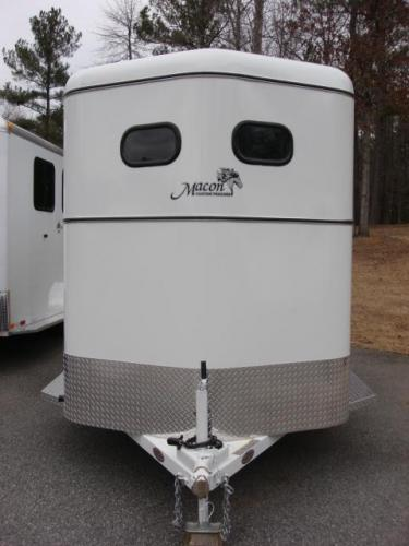 2019 White Bee Trailers 2 Horse Slant Fully Enclosed , located at 1330 Rainey Rd., Macon, GA, 31220, (478) 960-1044, 32.845638, -83.778687 - Photo #4