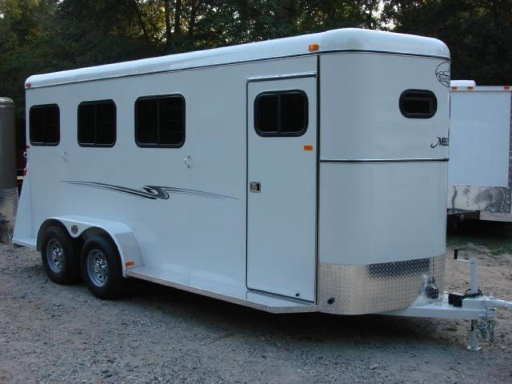 2021 White Bee 3 Horse Slant Enclosed , located at 1330 Rainey Rd., Macon, GA, 31220, (478) 960-1044, 32.845638, -83.778687 - Photo #1