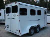 http://www.maconcustomtrailers.com/autos/2019-Bee-3-Horse-Slant-Enclosed-Macon-GA-803 - Photo #8